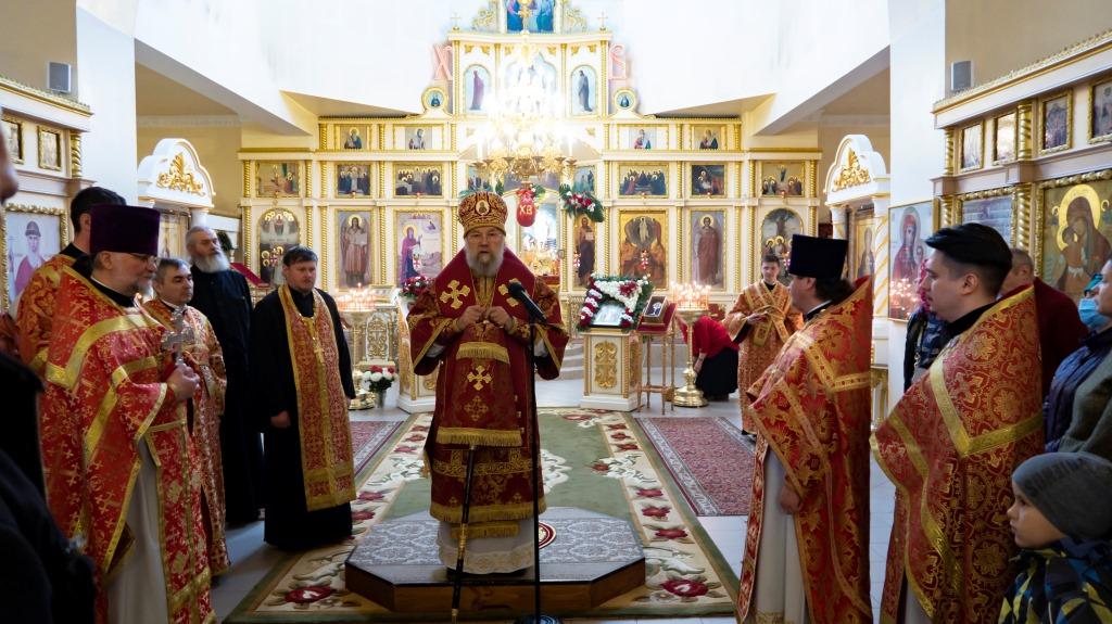 Архиерейское служение в Неделю Антипасхи в Струнино 9.05.2021 г.