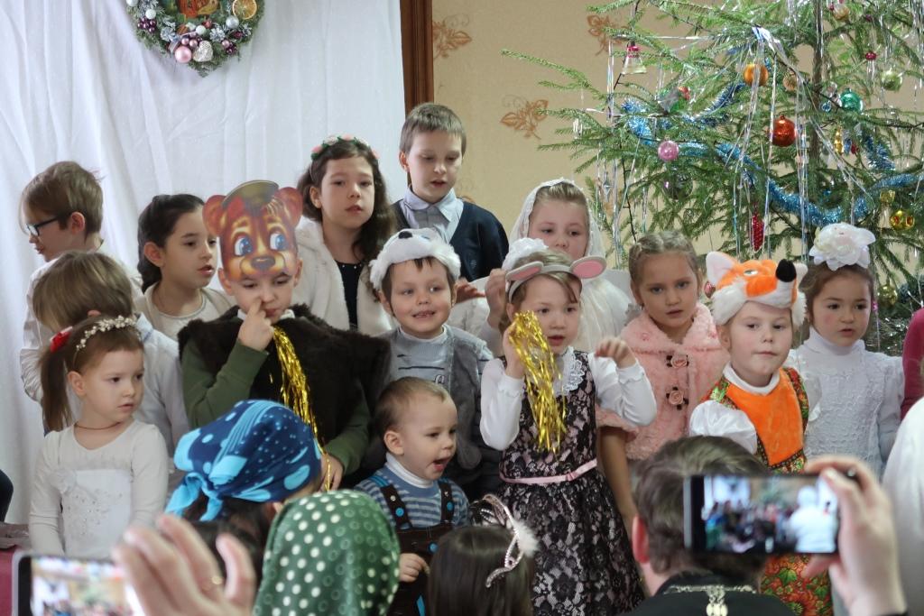 Рождественская ёлка младшей группы воскресной школы 2019 год